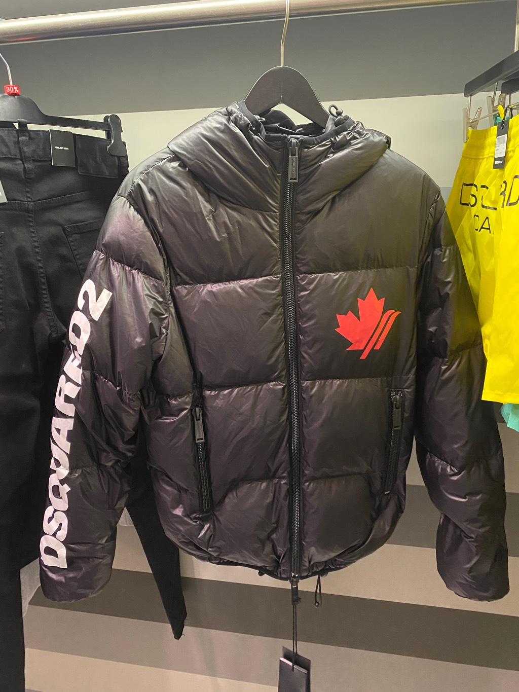 Dsquared2 puffer jacketDsquared20