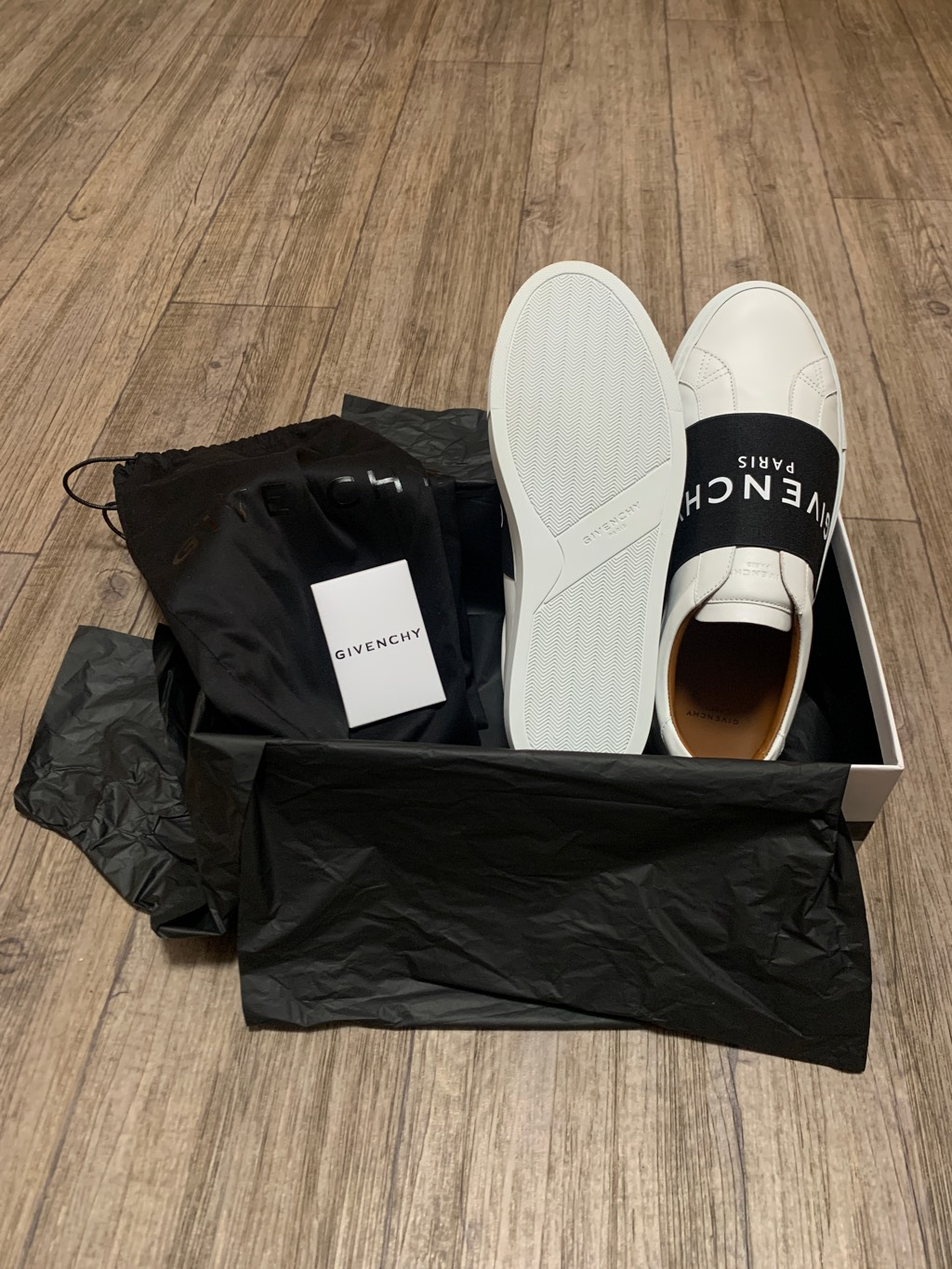 Givenchy sneakers in leather with webbingGivenchy0