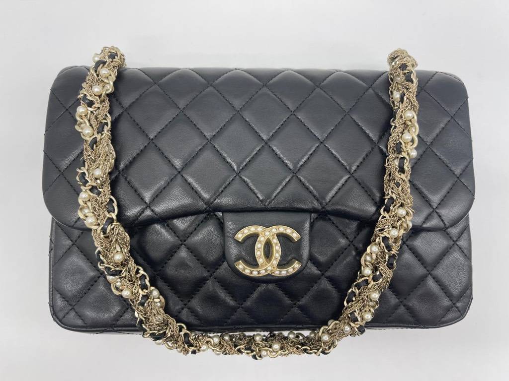 westminster pearl flapChanel1