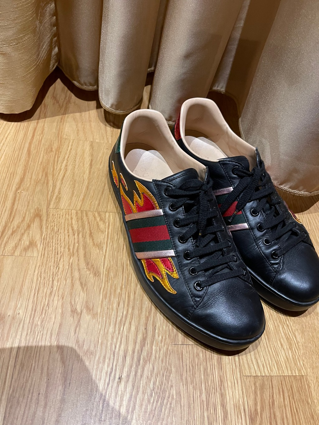 Gucci flame ace sneakers Gucci2