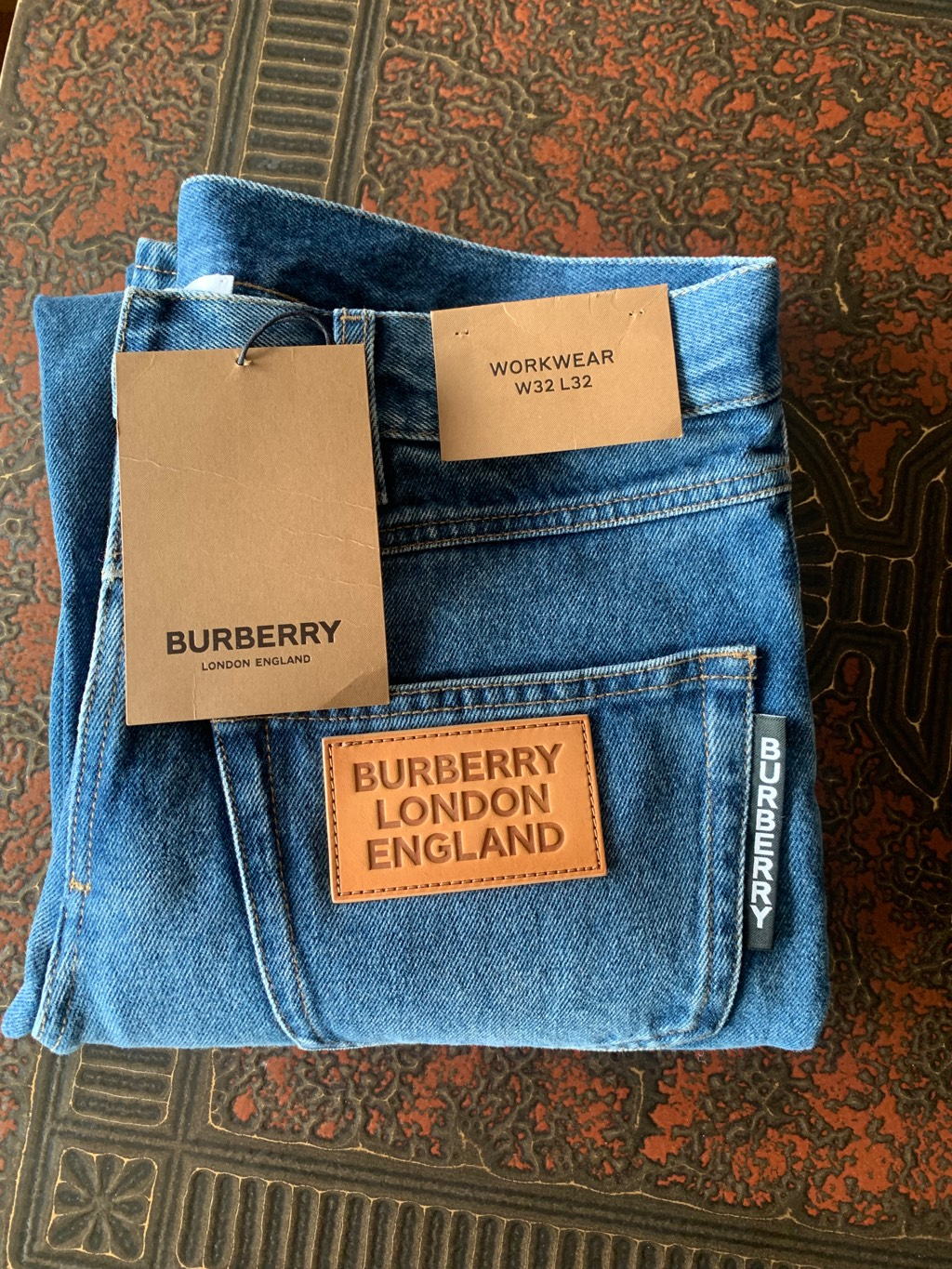 Burberry front-to-backBurberry4