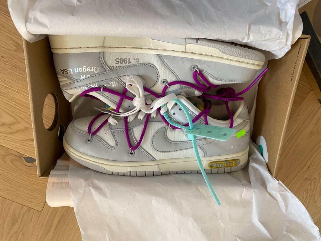 Nike Dunk Low Off-White Lot 21Off-White x Nike0